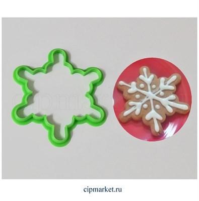 Вырубка Снежинка-6.  Материал: пластик. Размер: 8 см. - фото 6195