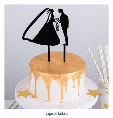 Топпер на торт Молодожены, материал: пластик. Размер: 12х12 см. - фото 6716