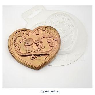 Форма для шоколада Love is. Материал: пластик. Размер: 8,3*7,2*1 см. - фото 7650