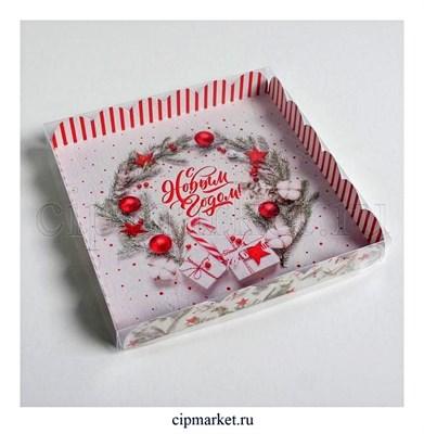 Коробка для пряников и печенья с прозрачной крышкой С Новым годом (Надпись, шарики). Размер: 21*21*3 см - фото 8789