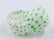 Формы бумажные маффин Белые в зеленый горох, набор 10 шт. Диаметр дна:5 см, высота: 4 см. Артикул: 11400