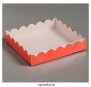 Коробка для пряников с прозрачной крышкой Красная. Размер: 15 х15 х3 см